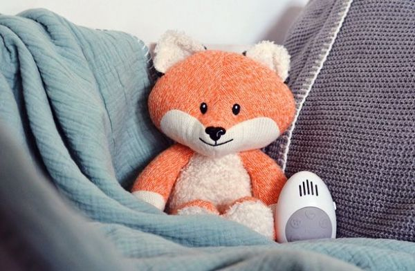 Robin the Fox (Orange) -Soft Toy with comforter music box